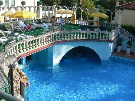 Hotel olympia terme montegrotto terme - Montegrotto piscine termali ...